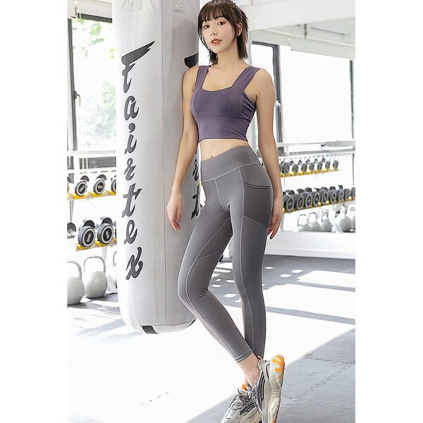 Highest quality in leggings sport with pocket phone 3